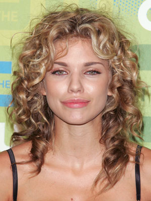 Annalynne Mccord What S Her Best Look Stuart Phillips