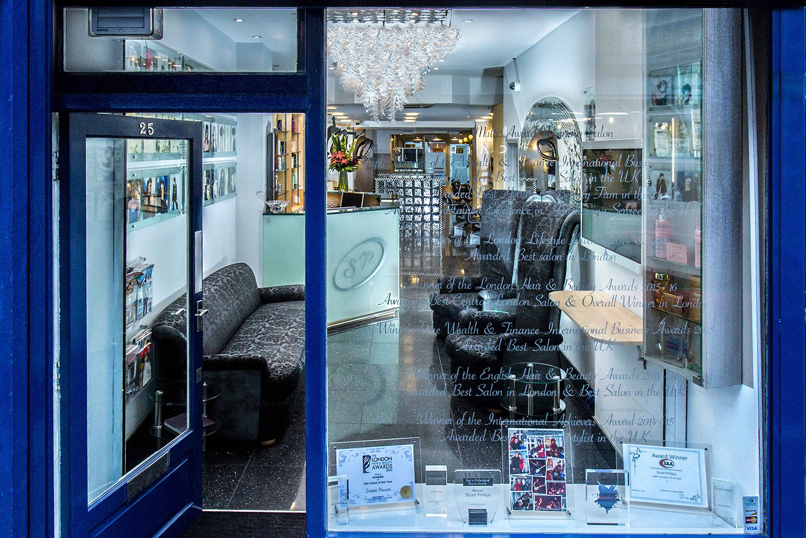 Stuart Phillips Salon (Tim Fox Photography)